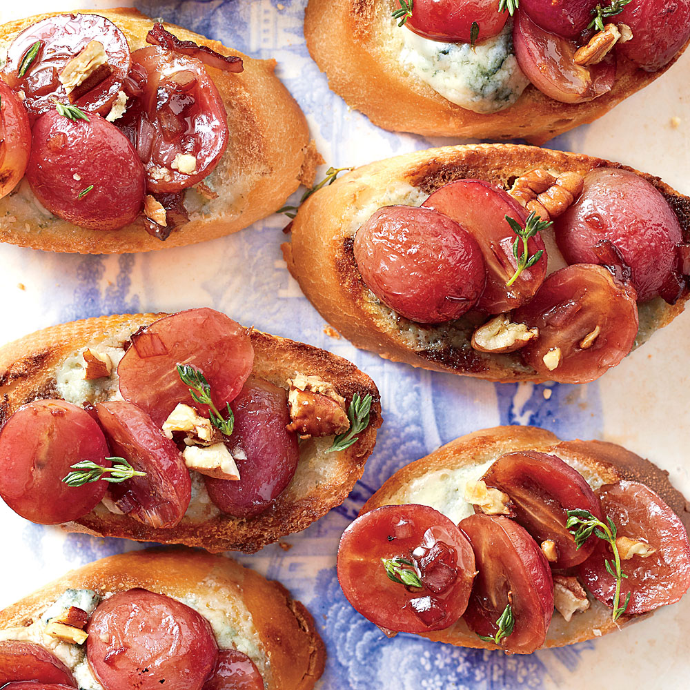Blue Cheese Crostini with Balsamic-Roasted Grapes
