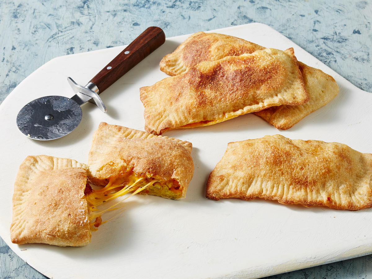 breakfast pizza pockets video hero