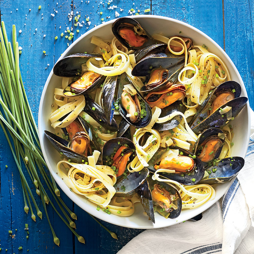 Fettuccine with Mussels and Brown-Butter Leeks
