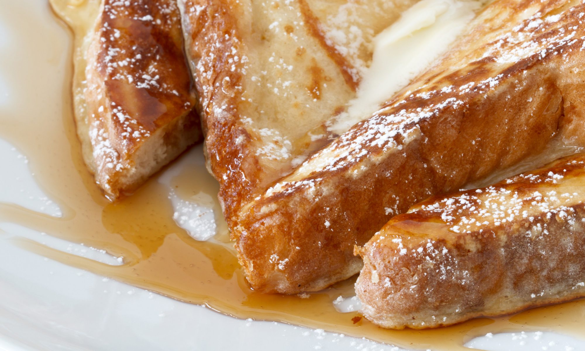 Slow Cooker French Toast Is the Laid Back Way to Feed Your Friends a Fancy Brunch