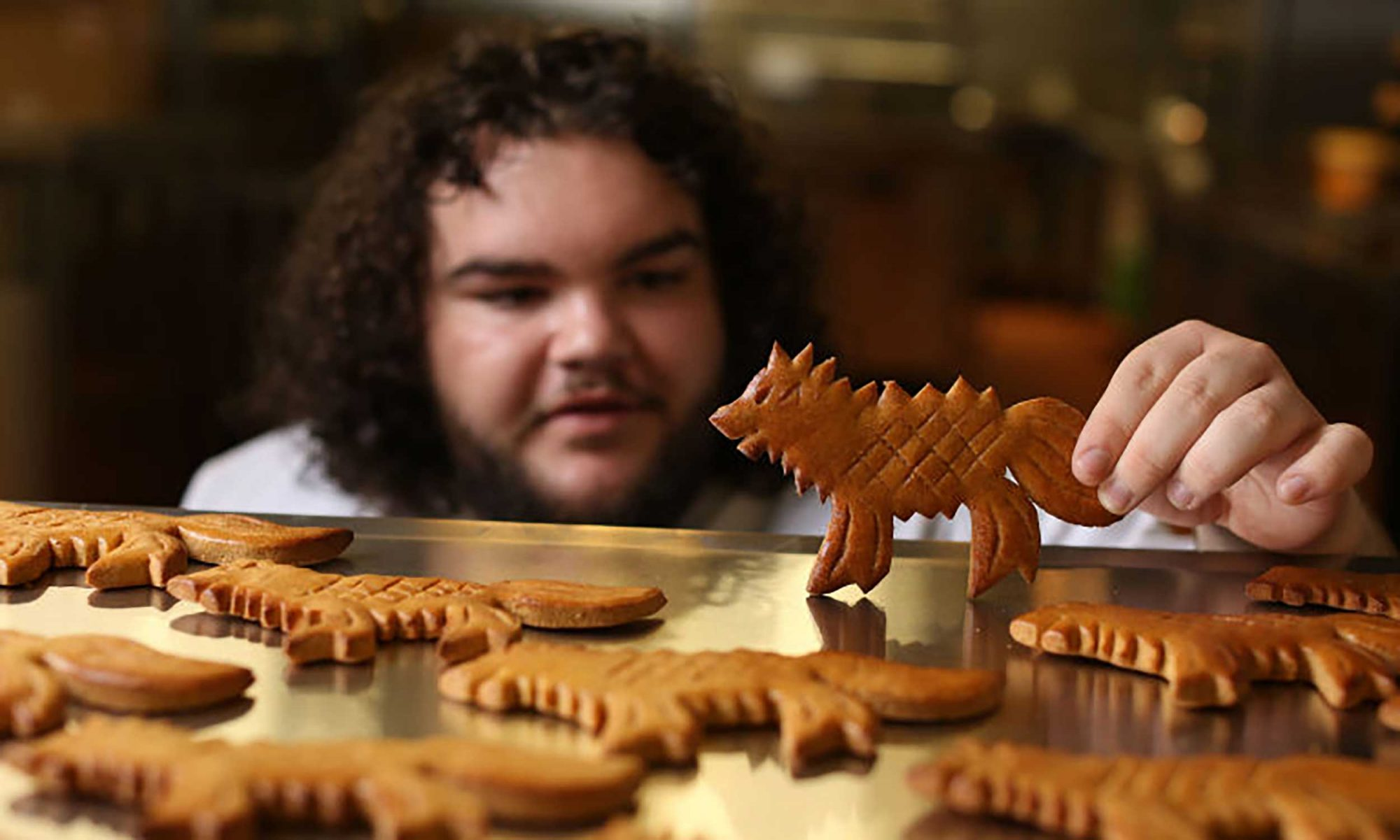 EC: 'Game of Thrones' Actor Opens His Own London Bakery