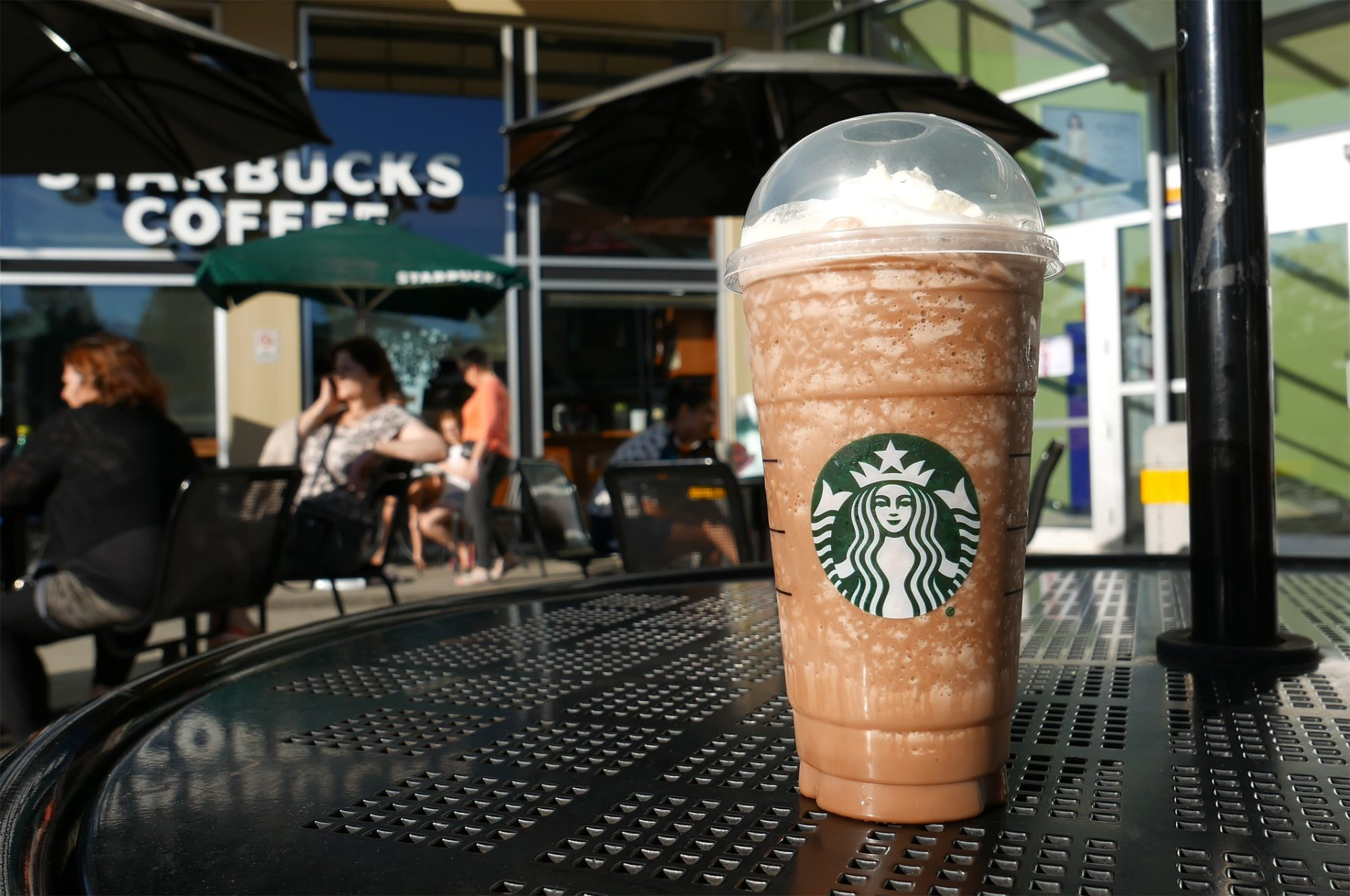 EC: Starbucks' New Frappucino Has a Piece of Chocolate Cake on Top