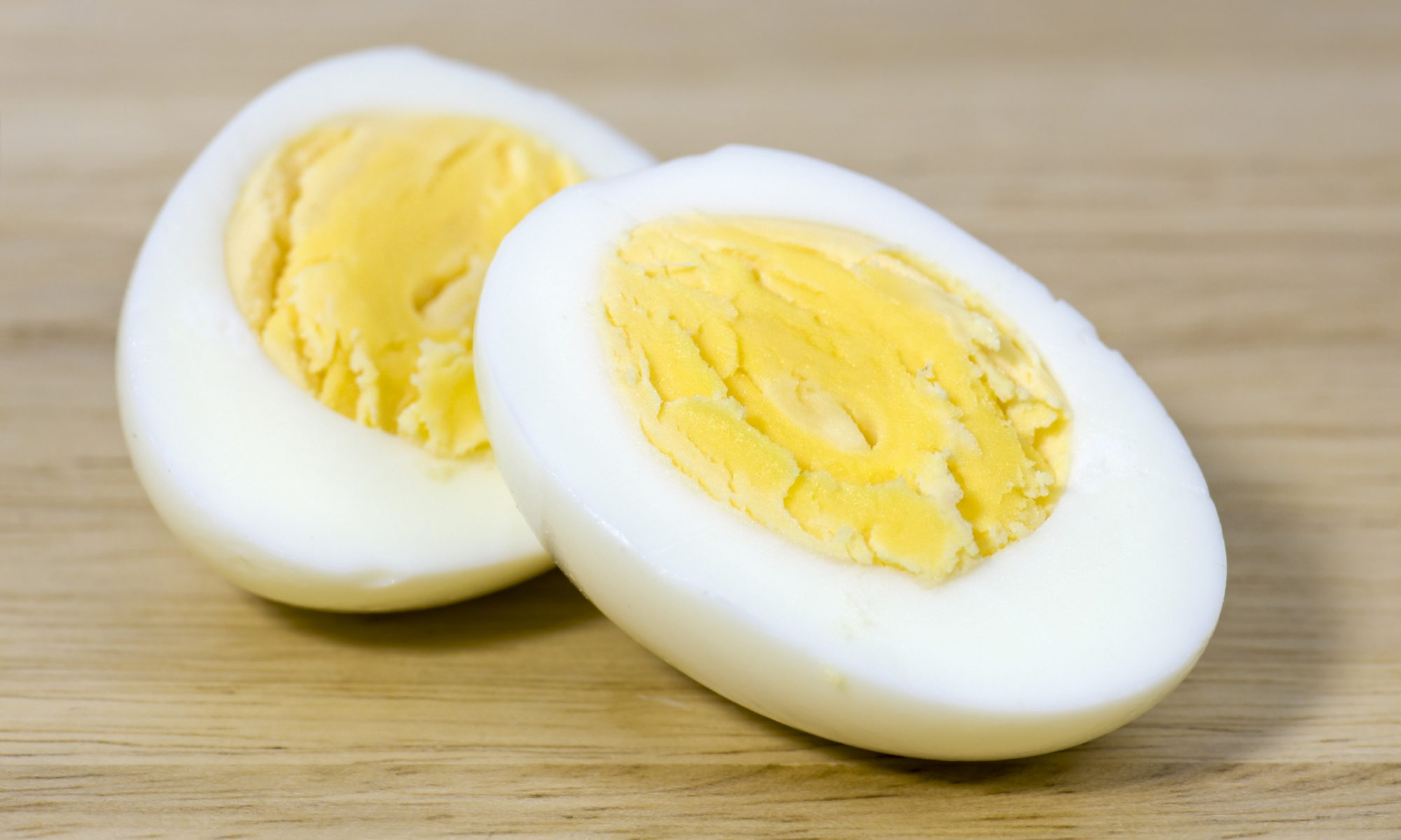 EC: Perfect Hard-Boiled Eggs Are Shockingly Easy Once You Know This Trick