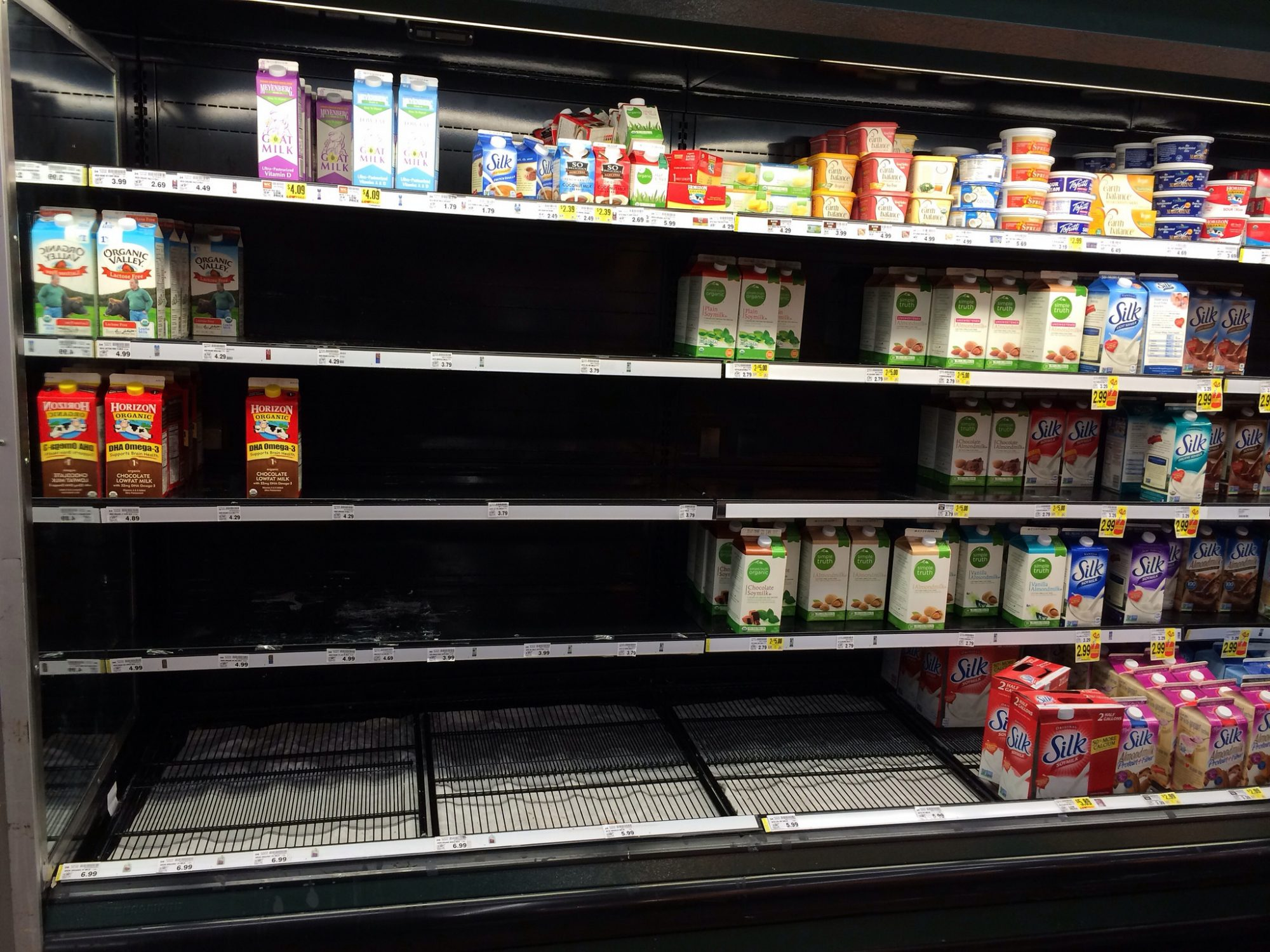 EC: Fluorescent Light Might Make Milk Taste Bad