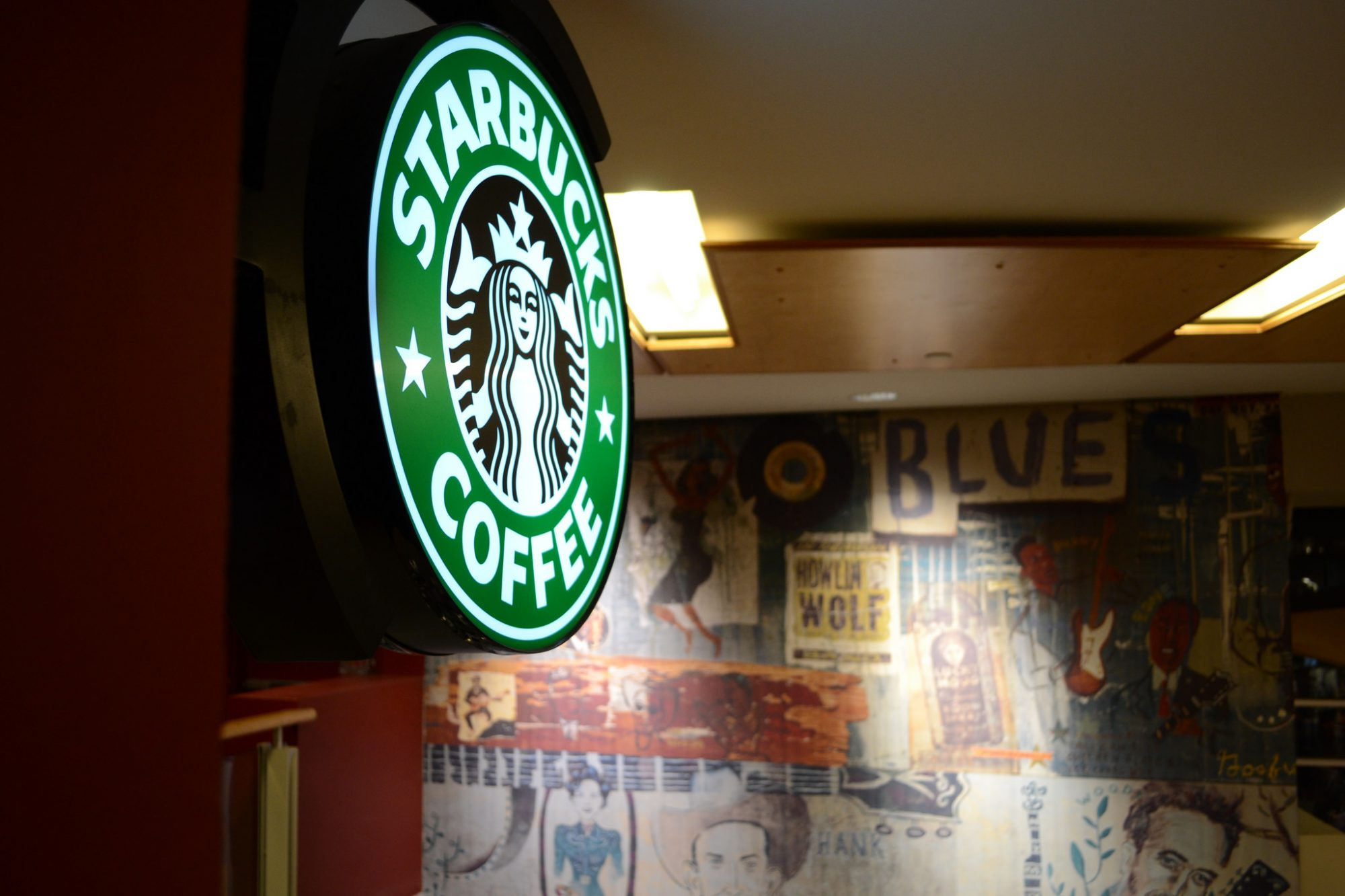 EC: Starbucks Hikes Prices by 10 to 30 Cents Per Drink