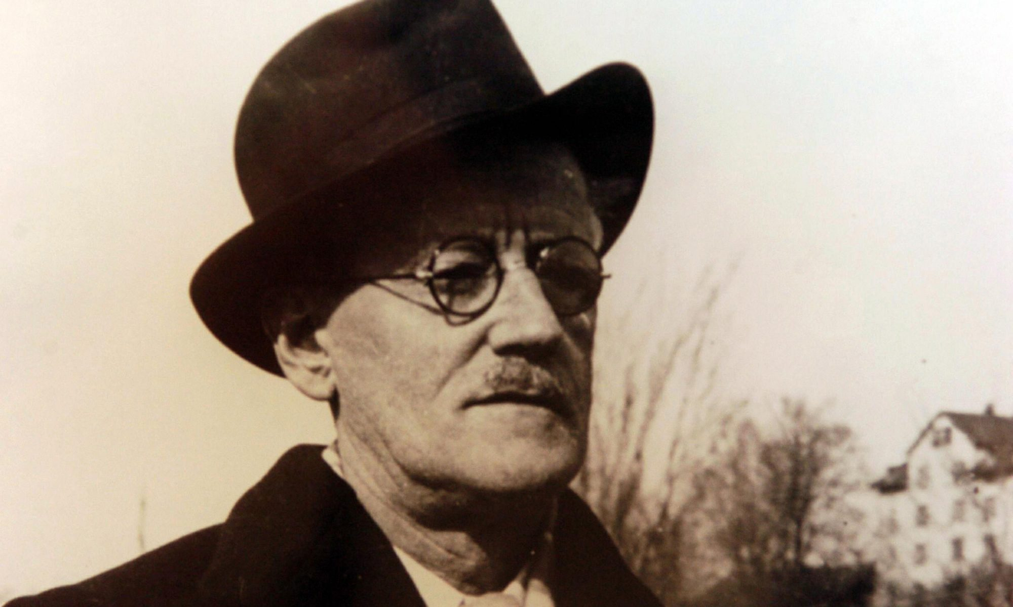 EC: Celebrate James Joyce's Bloomsday by Eating Offal for Breakfast