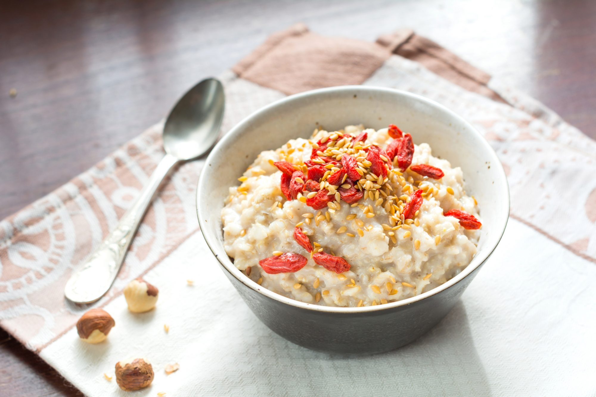 EC: 7 Ways to Spice Up Your Oatmeal That Aren't Boring