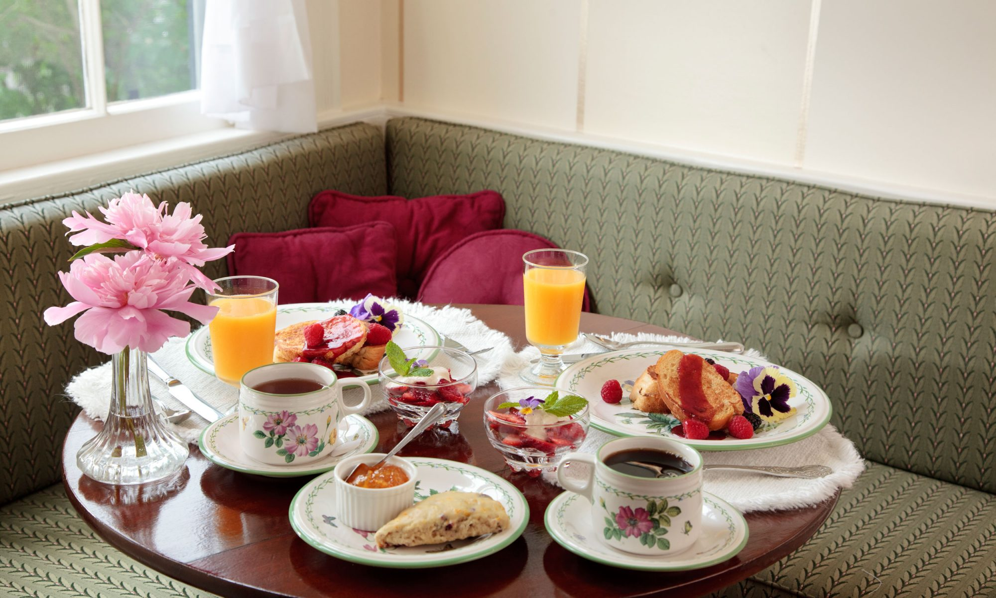 EC: Why You Should Embrace the Awkwardness of Bed-and-Breakfasts