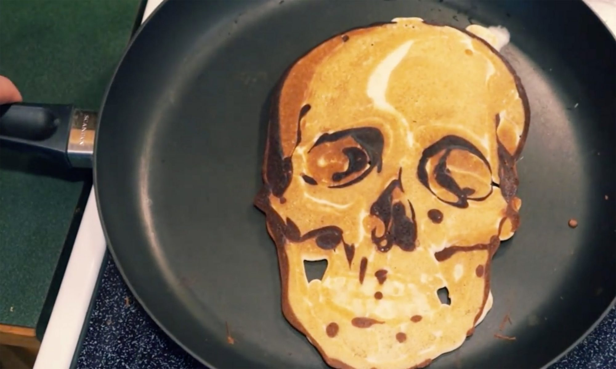 EC: This Pancake Artist Isn't Making Your Parents' Cartoon Pancakes
