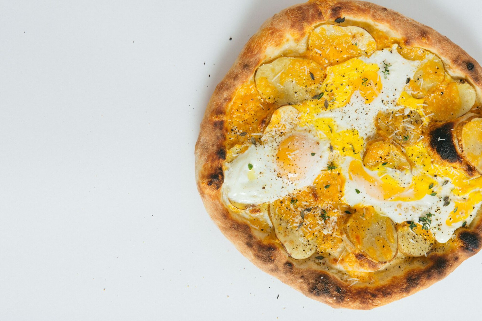A Super Easy Breakfast Pizza to Make in Under 25 Minutes