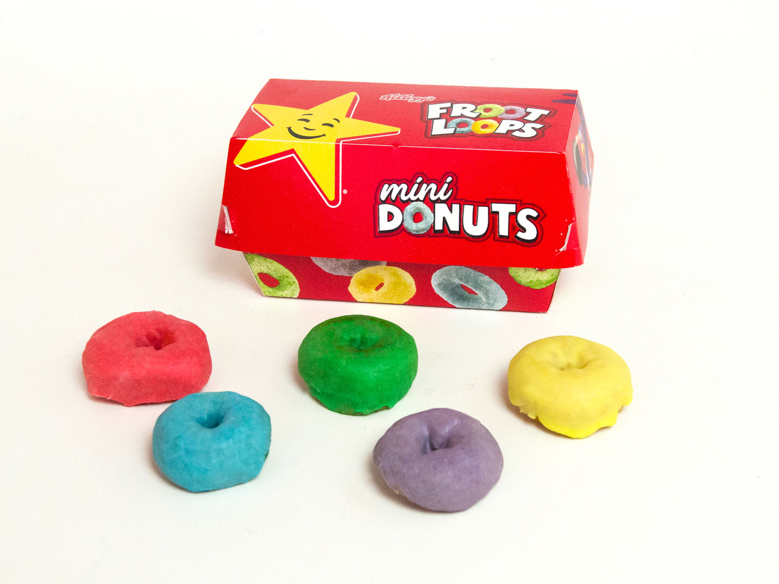 We Tried Froot Loops Donuts and In No Way Regret It froot-loops-donuts-box-FT-BLOG0818