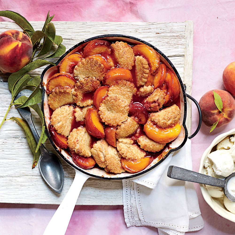 Ginger-Peach Shortbread Cobbler