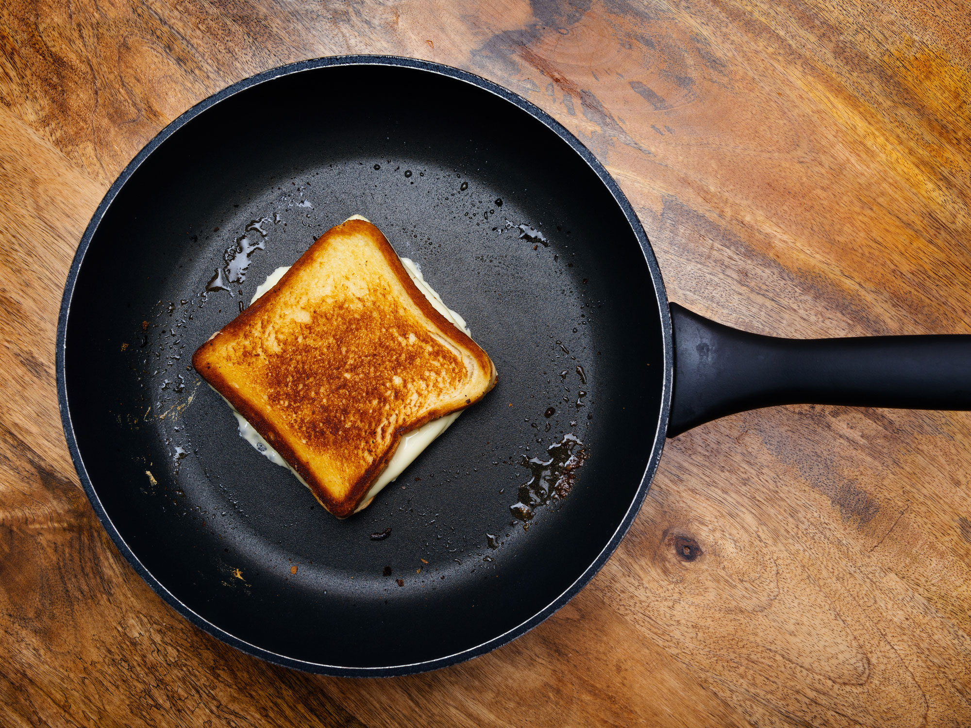 Grilled Cheese in Cast Iron Skillet Getty image
