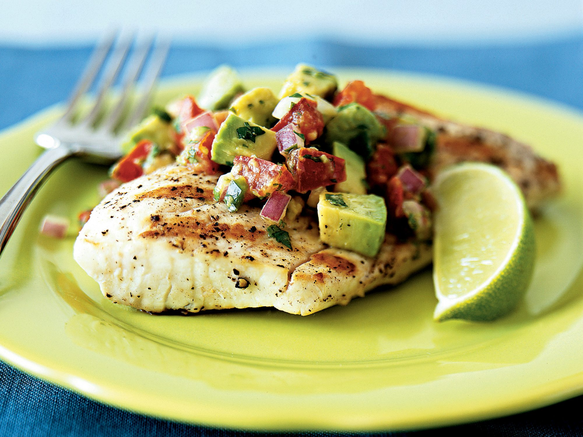 Grilled Mahi Mahi With Avocado-Chile Salsa