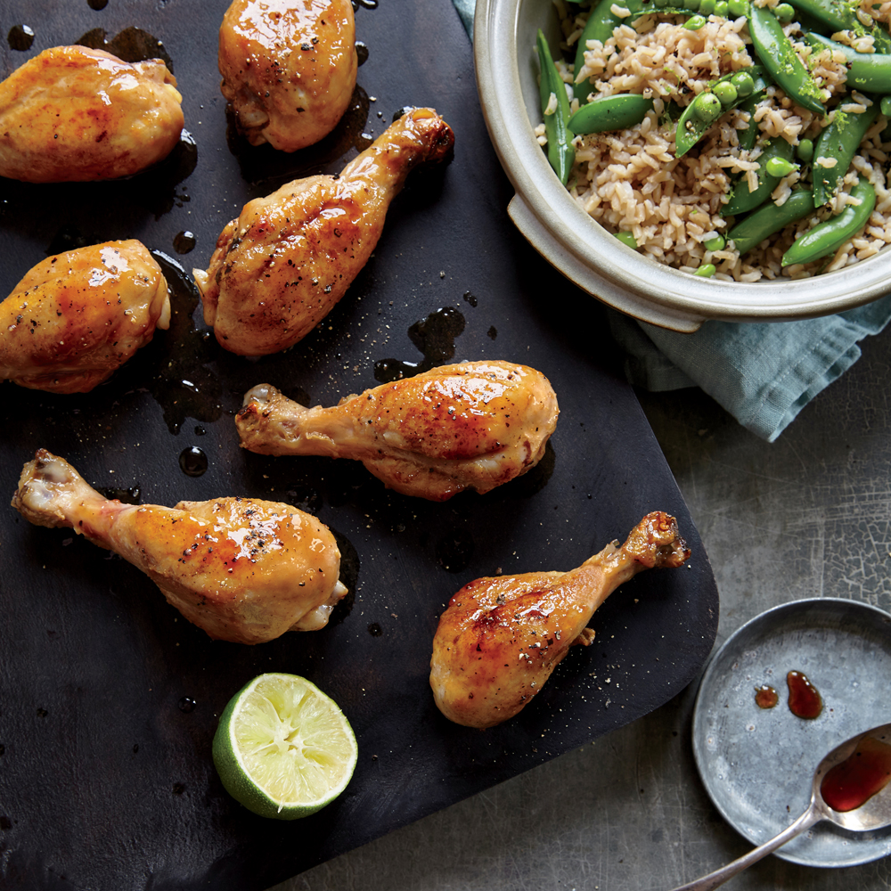 Honey-Lime Drumsticks with Snow Peas and Brown Rice