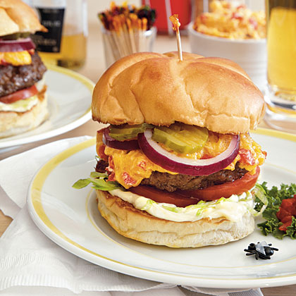 blow-fly-inn-pimiento-cheese-burgers-oh-x.jpg