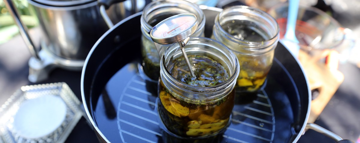 cannabis-olive-oil-infusions-1.jpg