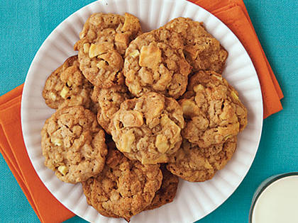 chewy-caramel-apple-cookies-oh-x.jpg