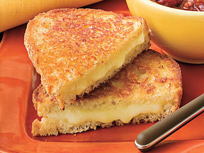 extra-cheesy-grilled-cheese-sl-1842423-x.jpg