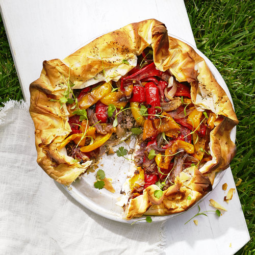 picnic-mediterranean-roasted-pepper-feta-and-lamb-filo-pie-0815.jpg