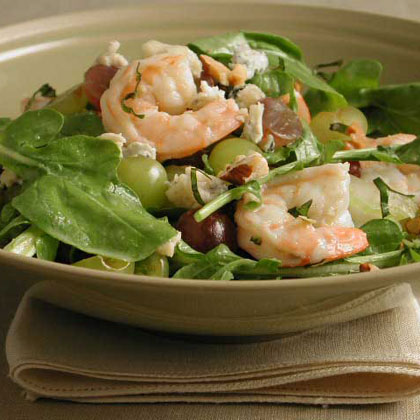 Arugula Salad with Shrimp and Grapes