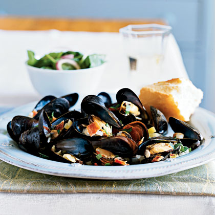 Cider-Braised Mussels with Bacon