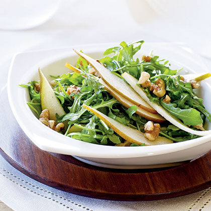 Arugula and Pear Salad with Toasted Walnuts