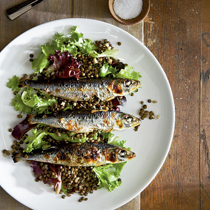 Grilled Sardines with Beluga Lentils
