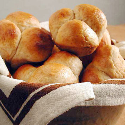 Cloverleaf Honey-Wheat Rolls