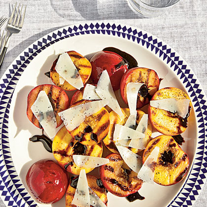 cl-Grilled Stone Fruit with Balsamic Glaze