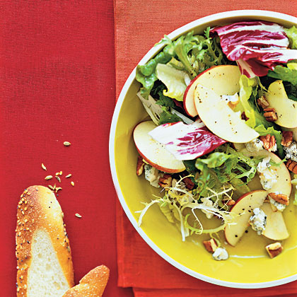 apple-gorgonzola-salad