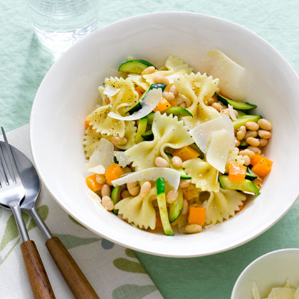 Farfalle with Zucchini and White Beans
