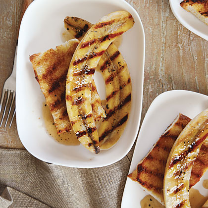 Grilled Black Pepper Bananas on Sugared Rum Toast