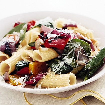 Rigatoni with Grilled Peppers and Onions