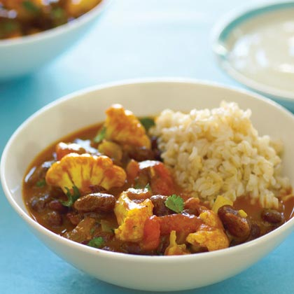 Curried Red Kidney Beans and Cauliflower (Rajma Masala)