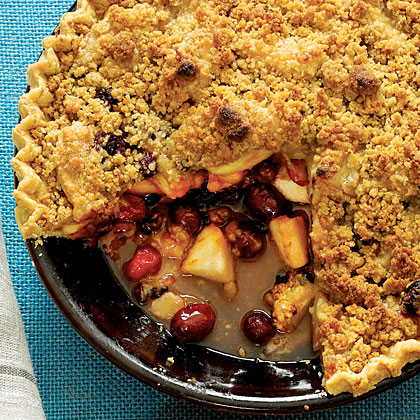 Apple-Cranberry-Currant Pie with French Topping
