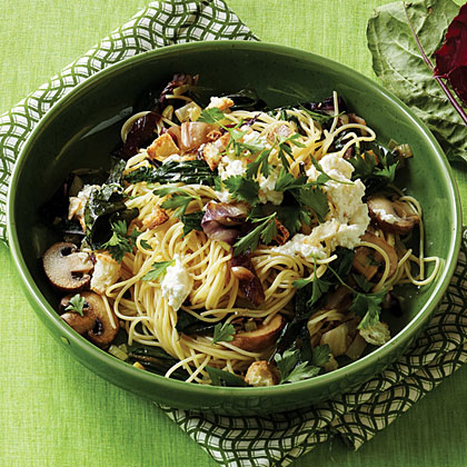 Winter Greens and Mushroom Pasta
