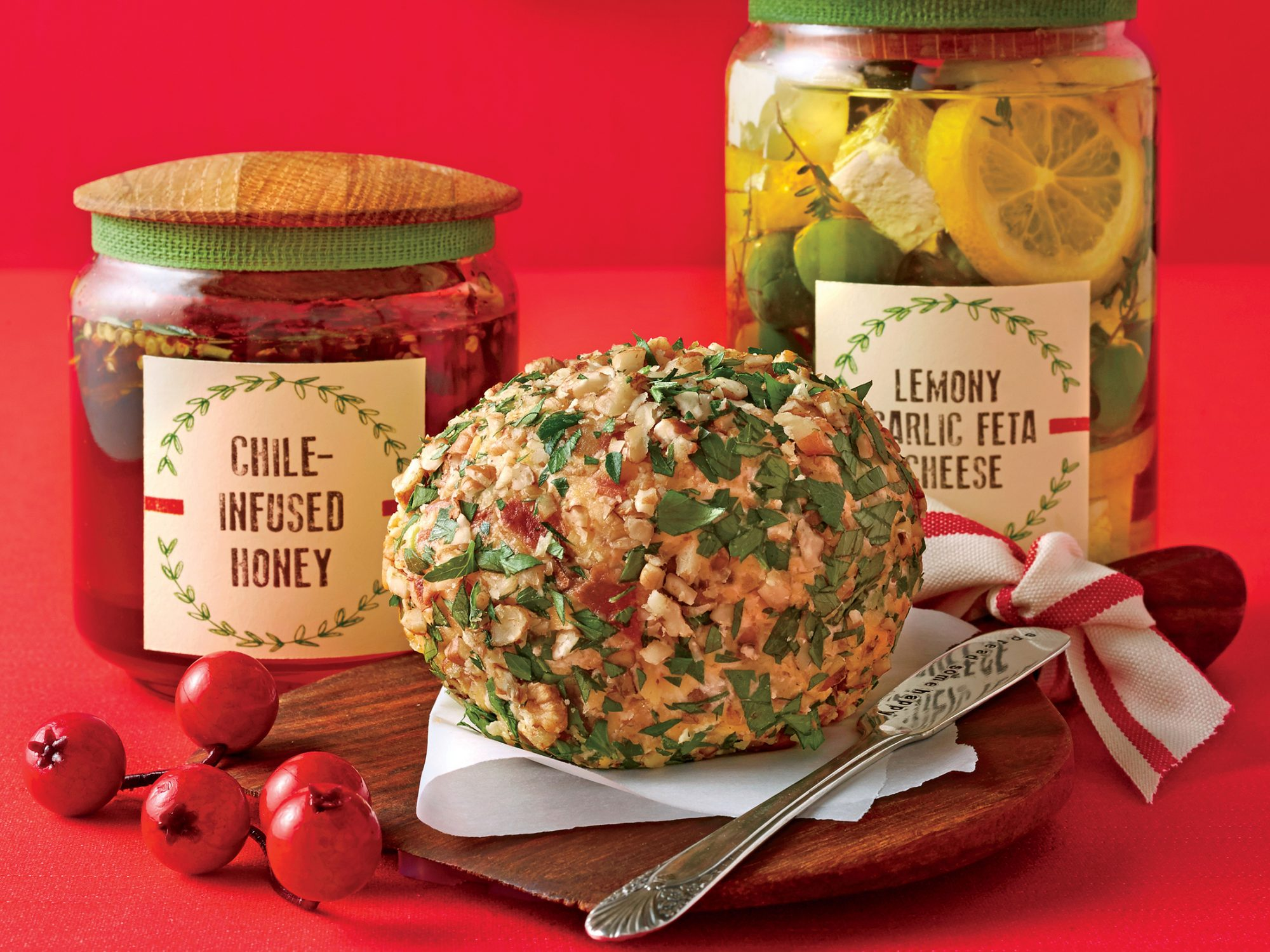 Smoky Bacon-Cheddar Cheese Ball