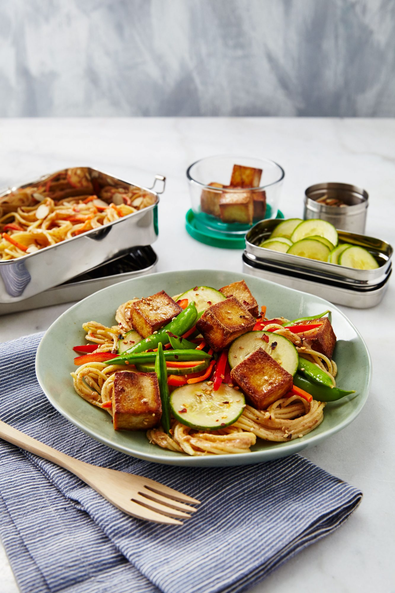 Spicy Asian Noodles with Seared Tofu/Asian Noodle Bento Box image