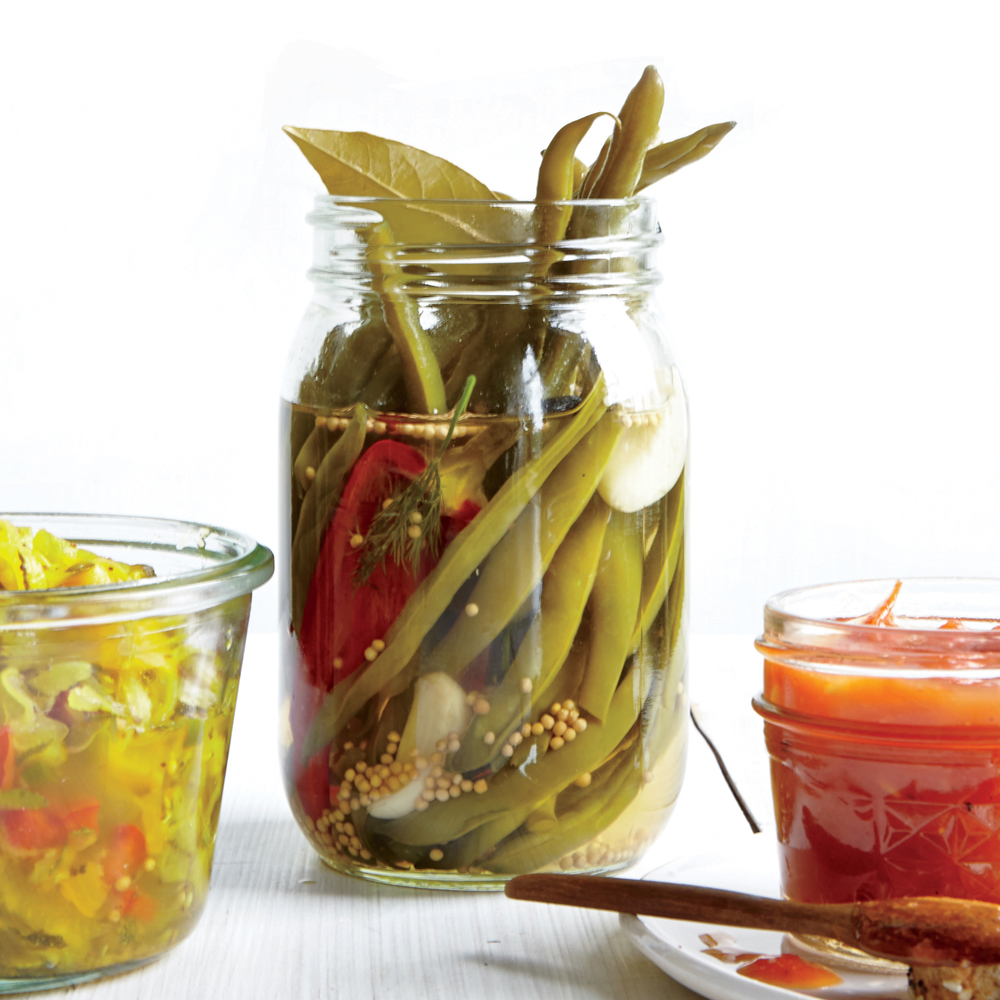 Sweet and Sour Pickled Green Beans