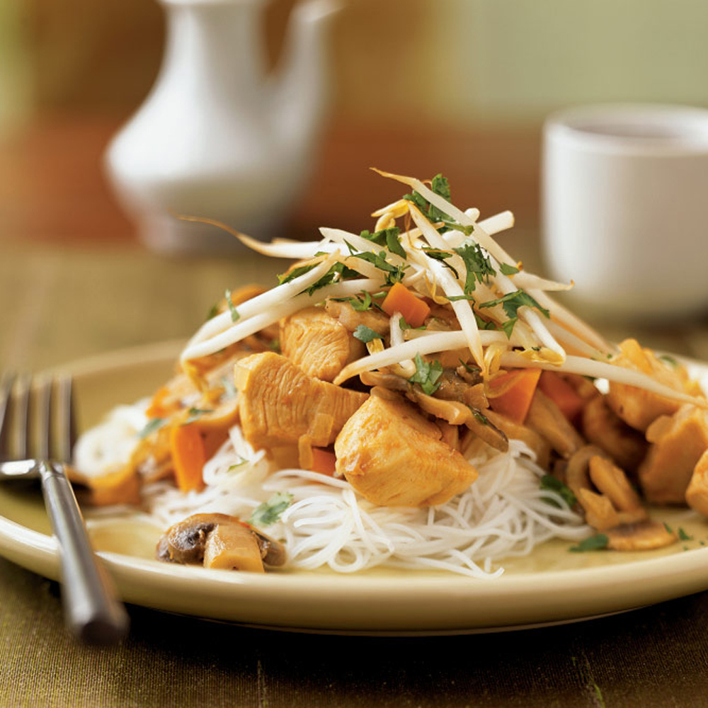 Thai-Style Stir-Fried Chicken