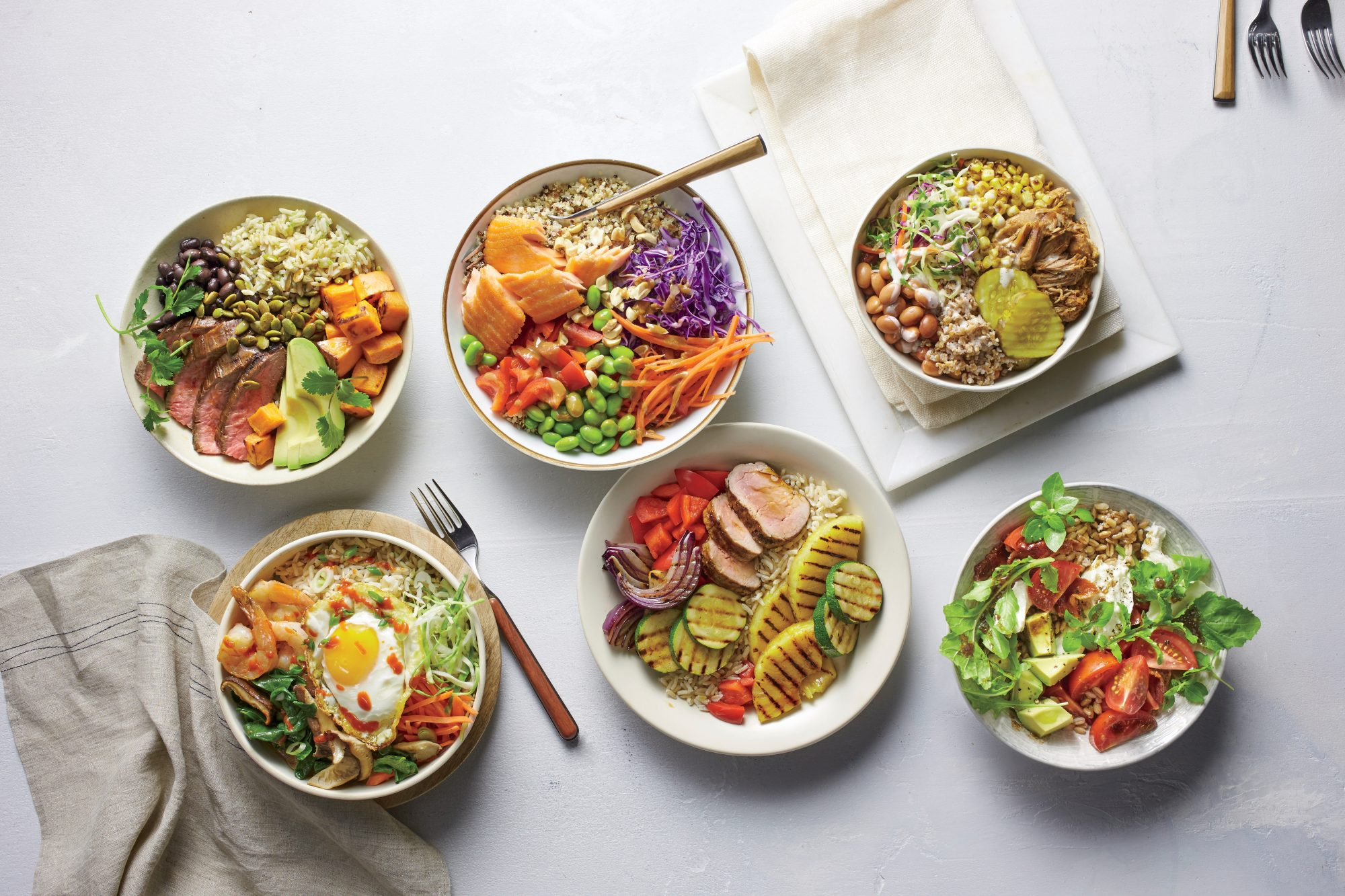 Thai Crunch Bowl with Salmon