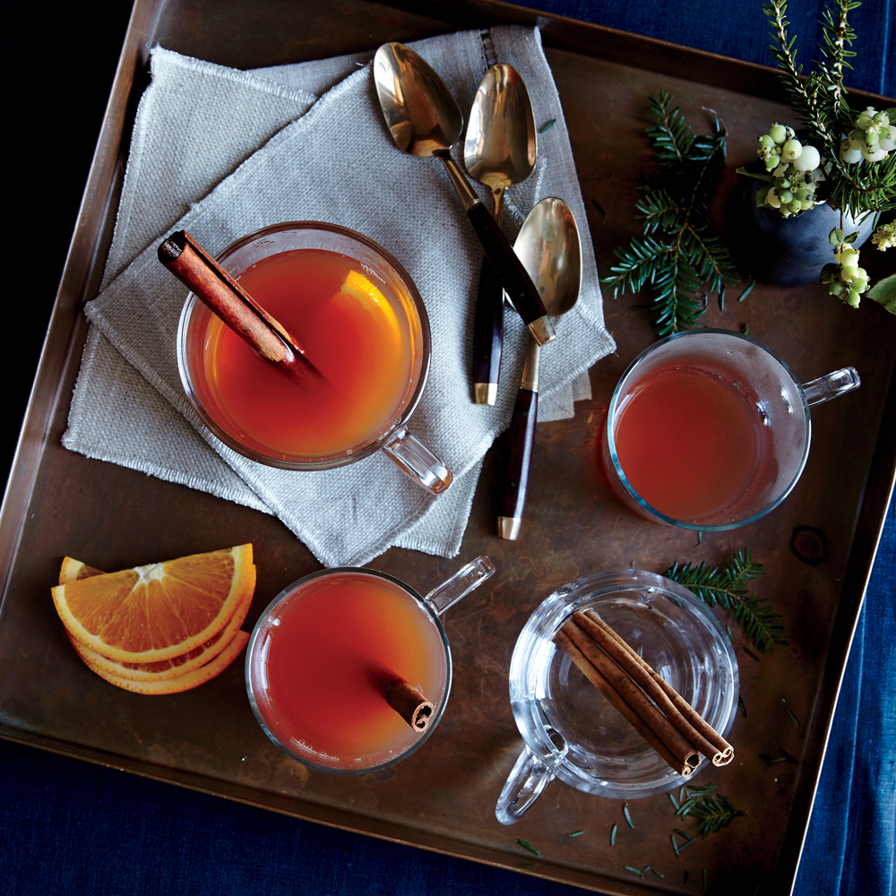 Apple-Cranberry Holiday Wassail