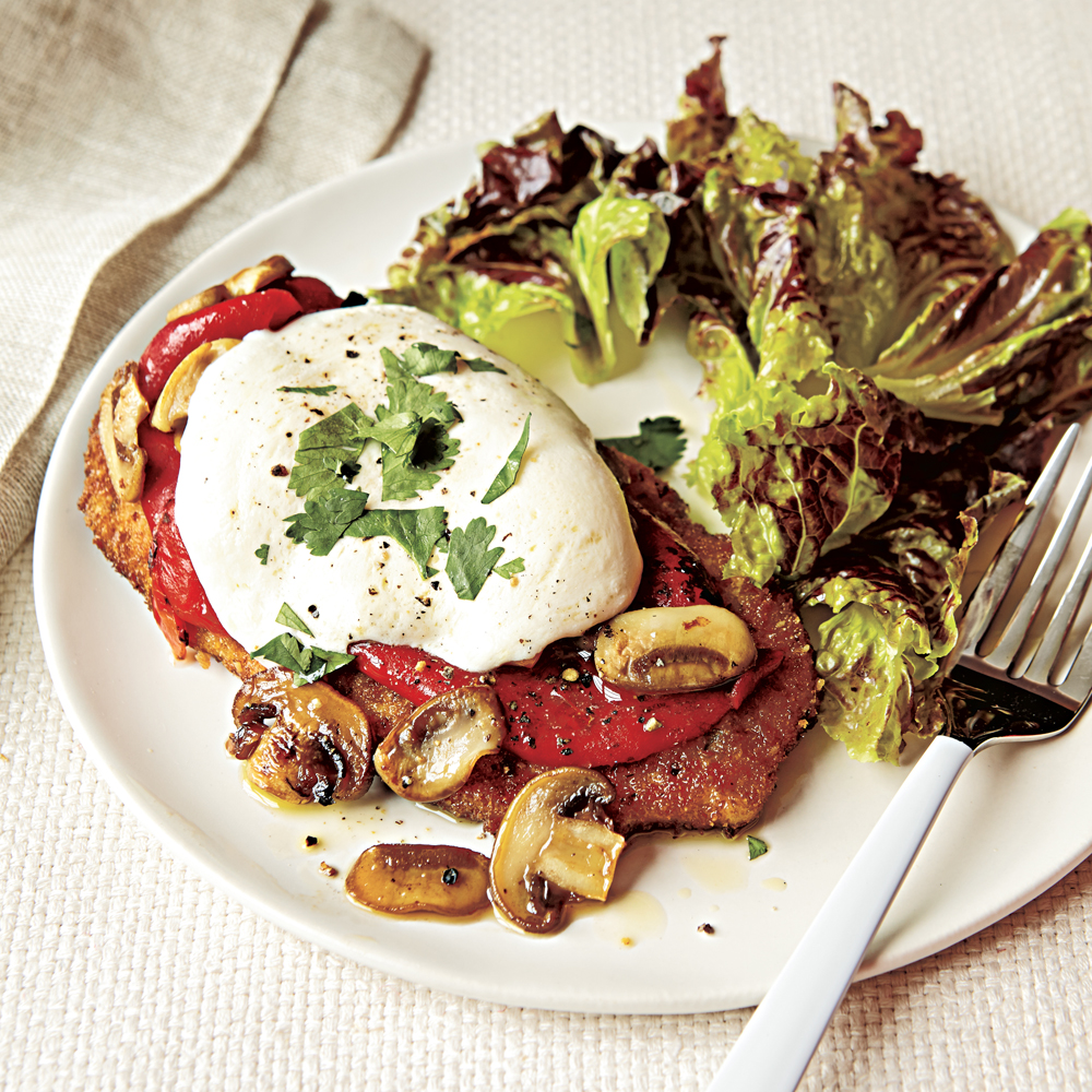 Chicken Cutlets with Mushrooms, Peppers and Mozzarella