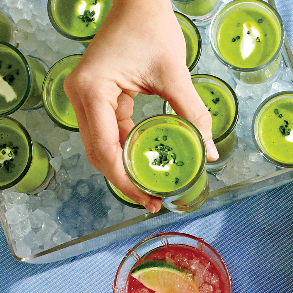 Chilled Sweet Pea Soup with Mint and Cream