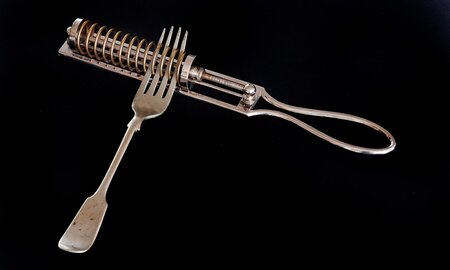 These Old Kitchen Gadgets Look Strange but People Actually ...