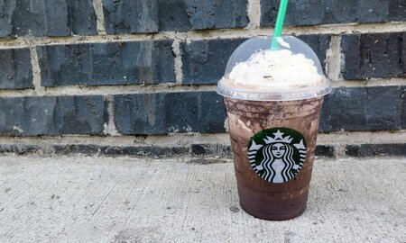 Starbucks Midnight Mint Mocha Frappuccino Is The Antidote To