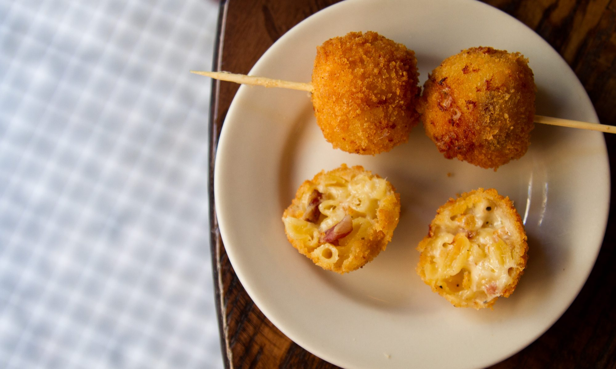 EC: Breakfast Mac and Cheese Is a Party on a Stick