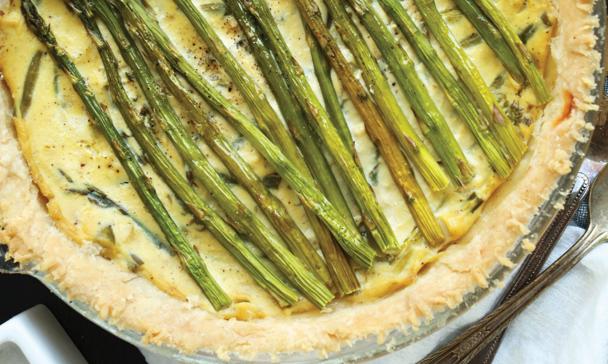 EC: Rustic Garlic and Asparagus Tofu Quiche Is a Slice of Sunshine
