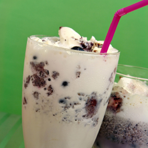 Cookies and Cream Smoothie